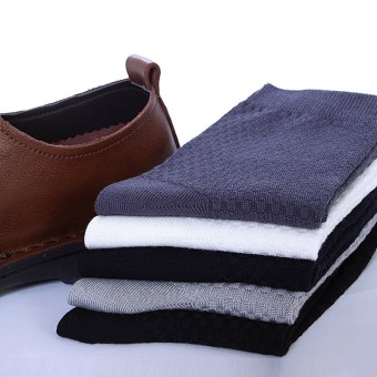 Bamboo Fiber black men spring and autumn Socks (Black)