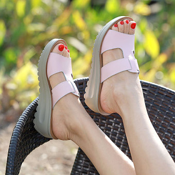 Leather female muffin thick bottomed shoes sandals slanted heel sandals shoes (Pink)