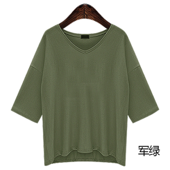 Loose spring and summer New style v-neck t-shirt (Dark green color)