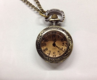Korean-style brown porous small pocket watch