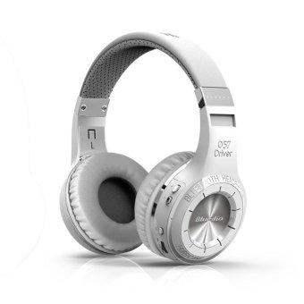 Sport Wireless Bluetooth headphones Headset Earphone with Microphone (White ) - Intl