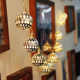 10 LED Metal Balls String Lights Warm White - picture 2