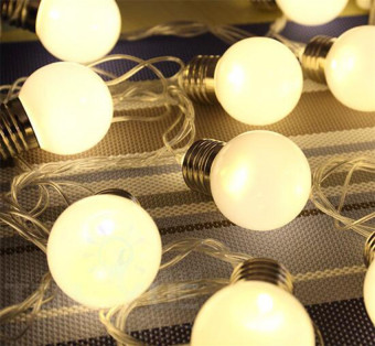 20 LED 16ft/5m Globe String Lights Warm White Ball Light for Garden Party - 3