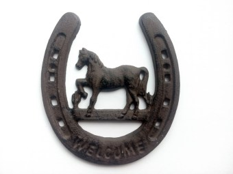 Cast Iron welcome to plate decorative charm
