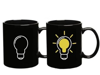 Iyach Heat Activated Design Light Bulb Changing Mug (Black)
