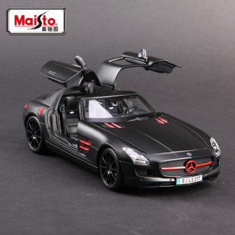 Mei Chi figure model sports car alloy car model