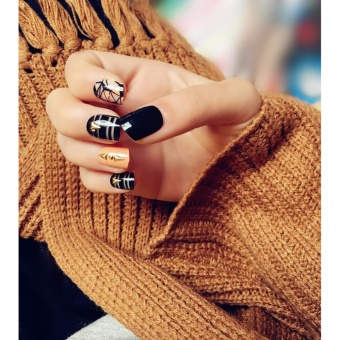 2017 New Designed Rivets Shattered Glass Style Artificial Nails 24Pcs Short Oval Fake Nails Black Orange Line with Glue Sticker -intl