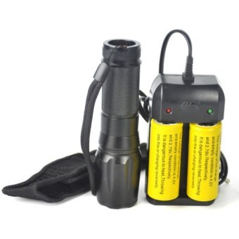 Tactical 5000 LM XM-L T6 LED Zoomable Flashlight Torch Lamp+2X 26650+Charger+Bag