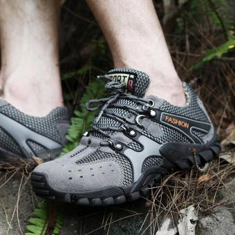 2017 New Leather Breathable Outdoor Non Slip ClimbingMountaineering Shoes Men Wear Waterproof Climbing Shoe,Gray - intl