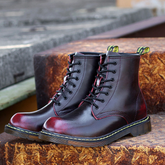 British elevator tooling retro short boots Dr. Martens (Wine red color)