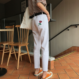 Chic after with pockets rose embroidered denim pants