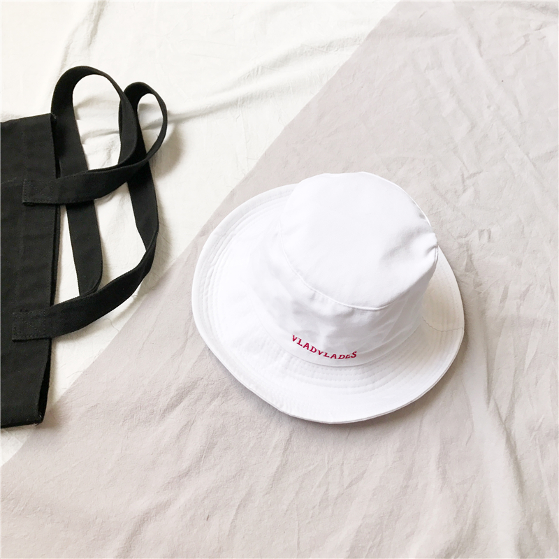 ec321ec22f8 Couple s European and American style embroidered solid color men and women  fisherman hat bucket hat (