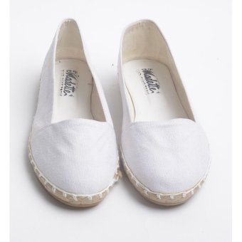Doll Me Up Shoes Archelle's Simply Flats (White)