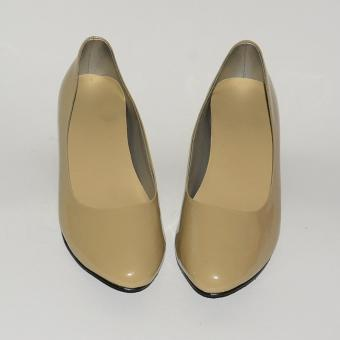 Doll Me Up Shoes Carnelian Heels (Cream)