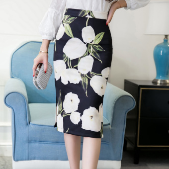 Female spring and summer New style printed skirt Plus-sized half-length skirt