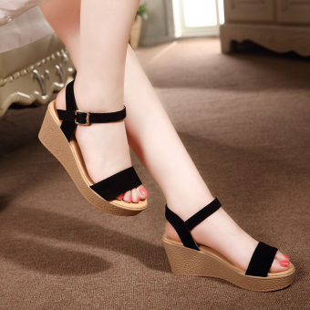 Female waterproof platform muffin thick bottomed sandals (Black)