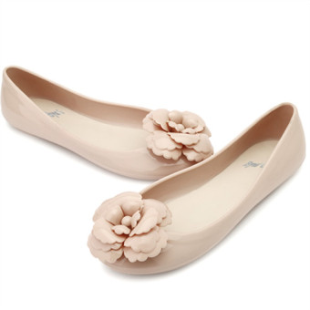 Flat camellia flower jelly shoes waterproof sandals (Nude color)