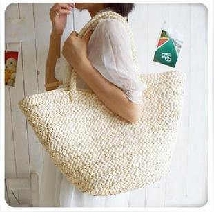Garden rattan beach bag straw bag (To send purple flowers)