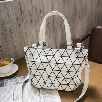 Geometric bao lei radio women's bag New style bag (White small) (White small)