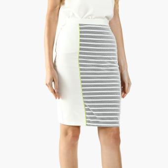 GTW Fab Mesh Pencil Skirt (White)