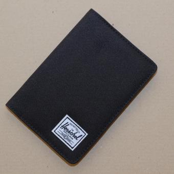 Harga Herschel Raynor Passport Holder ( Black )