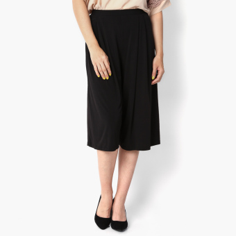 Harga SM Woman Pleated Wide-leg Culottes (Black)