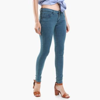 Harga SM Woman Slim Jeans (Light Blue)