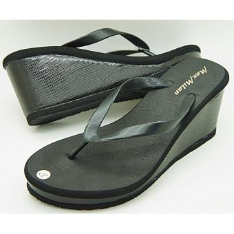 Harga Maxmilan Ariana Wedge Slippers (Black)
