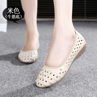 In the elderly leather summer flat sandals women's shoes (Beige (gum outsole))