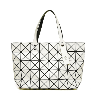 Japan and South Korea laser bag geometric shoulder Portable Bag women's bag (7*8 off-white High Version)