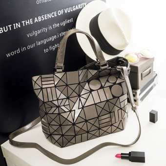 Japan and South Korea spring and summer New style laser quilted bag (Bronze color) (Bronze color)