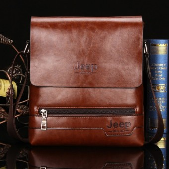 Jeep Cowhide Leather Crossbody Bag Shoulder Bag Men Tote Bag Business Casual Messenger Bag (Small Size / Coffee)