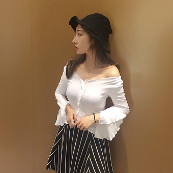 Korean-style female student Slim fit versatile bottoming shirt short long-sleeved t-shirt (White)