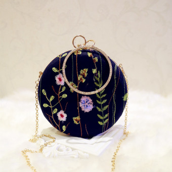 Korean-style flowers women's bag banquet Clutch (Black blue)