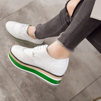 Korean-style Women's Increased Muffin Sole Hidden Cashmere Elevator Shoes - Black (White green bottom)