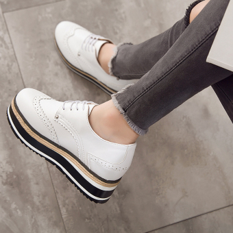 Korean-style Women's Increased Muffin Sole Hidden Cashmere Elevator Shoes - Black (White on black)