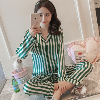 Korean-style Women's Long Sleeve Silk Pajamas Set (Green)