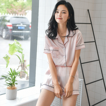 Korean-style Women's Short Sleeve Short Pants Silk Pajamas Set (Tender Powder)