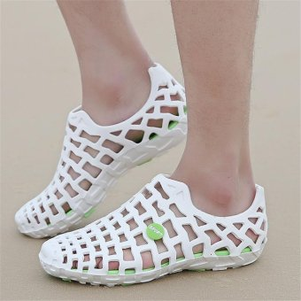 LALANG Women Hole Sandals Summer Plastic Jelly Beach Couple Shoes(White) - intl