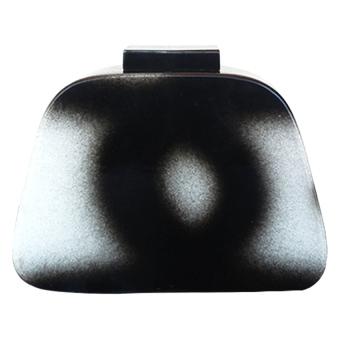 Melrose Jewelry Grunge Clutch Bag (Black / White)
