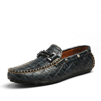 Men Fashion Crocodile striae Leather Loafers - Black