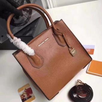 Michael Kors Tote Bag in Brown