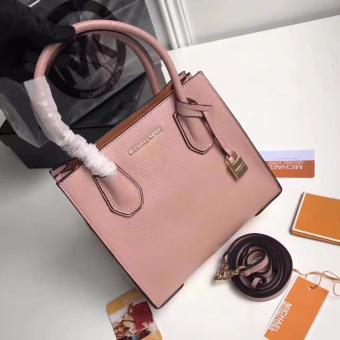 Michael Kors Tote Bag in Pink