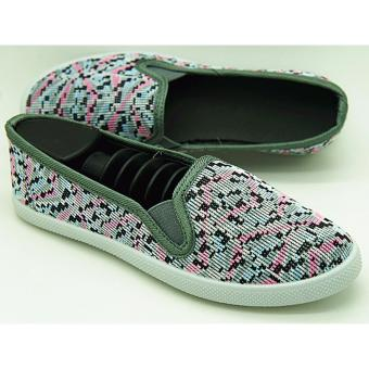 Muse Pam Slip-on Sneakers (Gray)