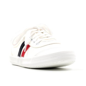 New York Sneakers Cherilus Low Cut Shoes (White)