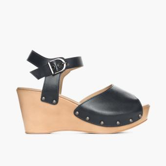 Parisian Ladies Yaniah Wedge Sandals (Navy Blue)