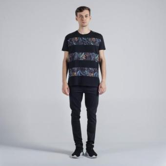 Penshoppe Relaxed Fit Tee With Cut & Sew Panel (Black)