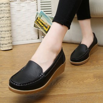 PINSV Women Leather Shoes Slip-on Moccasin Mom Anti-skid Loafers (Black) - 2
