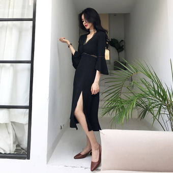 Sexy horn sleeve v-neck Slim fit dress
