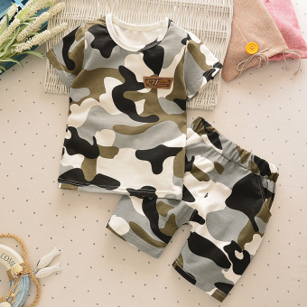 Short sleeved small children's New style summer camouflage suit
